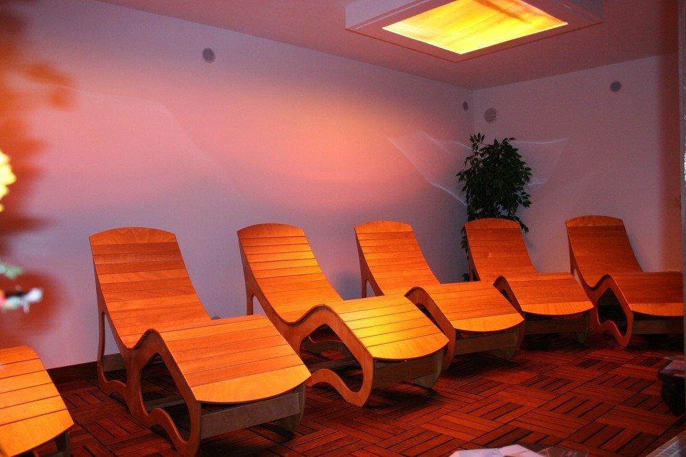 Chaise longue in legno wellness creation - Copridivano chaise longue su misura ...